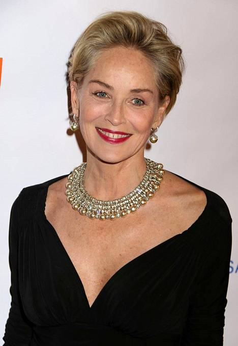 Sharon Stone nyt, 60-vuotiaana.