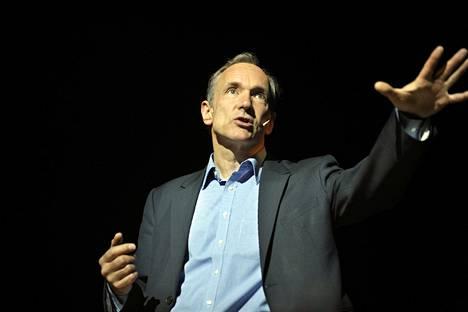 Tim Berners-Lee todisti oikeudessa Eolasia vastaan.