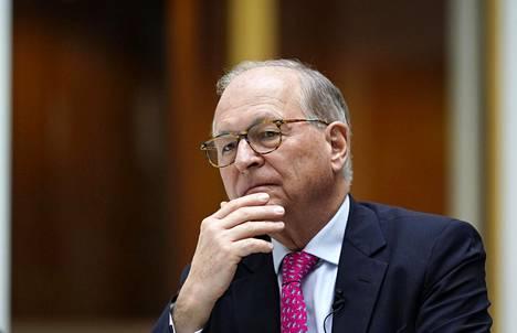 """""""Suurvaltojen välisen kamppailun uusi aika on on käynnistymässä"""", sanoo suurlähettiläs Wolfgang Ischinger."""