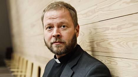 Helsingin piispa Teemu Laajasalo toimi aiemmin Kallion seurakunnan kirkkoherrana.