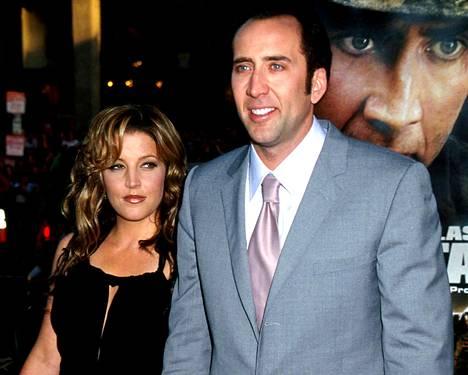 –Meidän ei olisi alunperinkään pitänyt mennä naimisiin. Se oli suuri virhe, Lisa Marie Presley totesi hänen ja Cagen eron jälkeen.