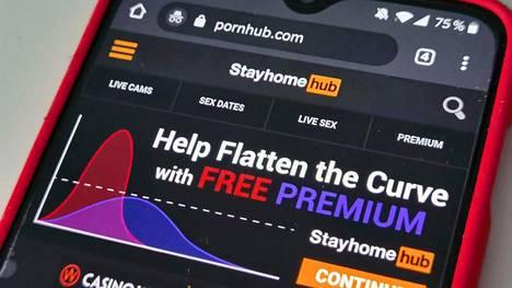 Pornhub houkuttelee sivustolleen uusia käyttäjiä koronan varjolla. Palvelu on saanut kovaa arvostelua väärinkäytöksistä ja hyväksikäytöstä.
