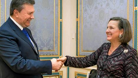 Victoria Nuland tapasi Ukrainan presidentin, Viktor Janukovitshin torstaina.