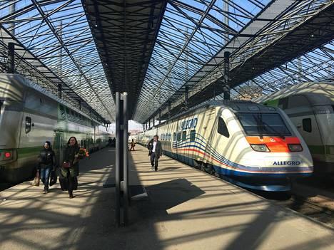 Allegro-junat saavat yksi toisensa jälkeen uuden sisäilmeen. Ensimmäisen junan remontti valmistuu jo kesäkuussa, ja viimeisen junan remontin on määrä valmistua keväällä 2019.
