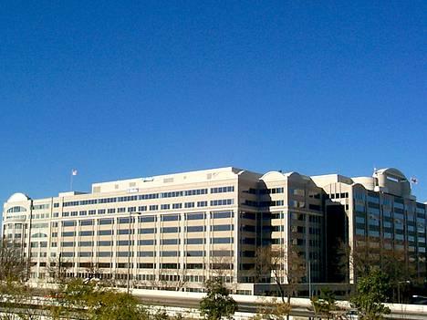 FCC:n pääkonttori Washingtonissa.