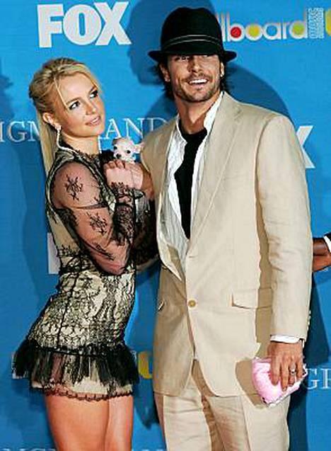 Britney pitää avioliittoaan Kevin Federlinen kanssa virheenä.