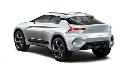 Mitsubishi e-Evolution on esimakua tulevasta. Mitsubishi esittelee seuraavan kolmen vuoden aikana yhteensä 11 mallia, joista kuusi on täysin uusia.