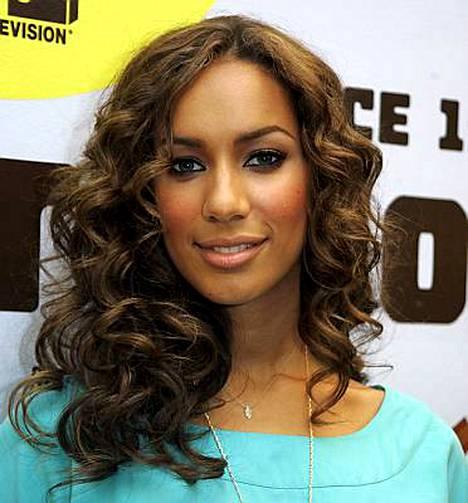 Leona Lewisin Spirit-levy rikkoo Yhdysvalloissa ennätyksiä.