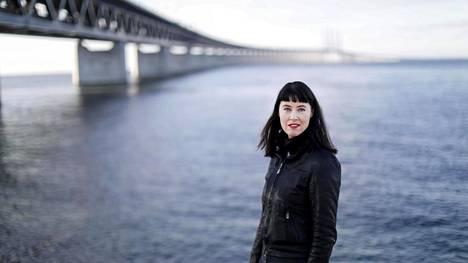 Linda Boström Knausgård asuu Skånessa. Juuri nyt hänen sairautensa on hallinnassa.