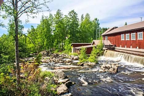 Ikaalinen on vanhojen kylämyllyjen pitäjä. Yksi komeimmista on Huopion mylly.