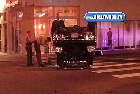 Shia LaBeouf kolaroi pahannäköisesti eilen Hollywoodissa.