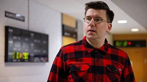 Perussuomalaisten Sebastian Tynkkyselle taas syyte kiihottamisesta kansanryhmää vastaan.