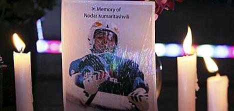 Nodar Kumaritashvili menehtyi Vancouverin olympialaisten avajaispäivänä.