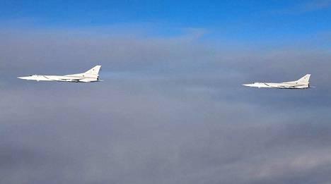 Suomen ilmavoimat julkaisi kuvan kahdesta Tupolev Tu-22M -taistelukoneesta Itämeren ilmatilassa viime viikolla.