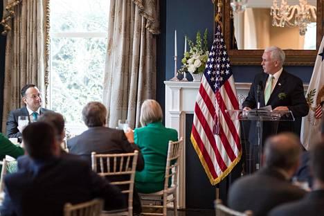 Varapresidentit ovat puolisoidensa kanssa voineet itse vaikuttaa virka-asunnon sisustukseen.