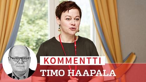 Paula Lehtomäkeä kaavaillaan huippuvirkaan puolustusministeriöön.