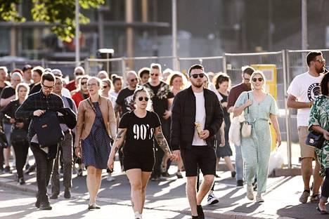 Muse-yleisö sai nauttia konsertista aurinkoisessa ja lämpimässä säässä.