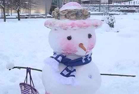 Kuva 4. Minkä puolueen lumiukko?