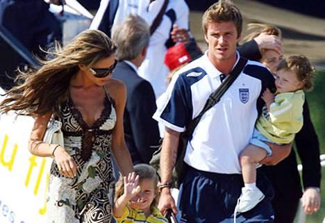Jos Victoria Beckham haluaa Spice Girl -paluun, ovat vauvat managerin kieltolistalla.