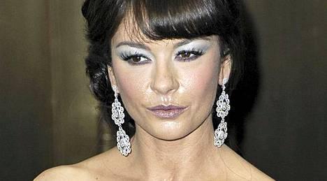 Catherine Zeta-Jones on palannut jo takaisin työhön.
