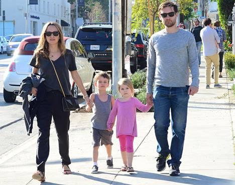 Maguirella ja Meyerillä on 7- ja 9-vuotiaat lapset.