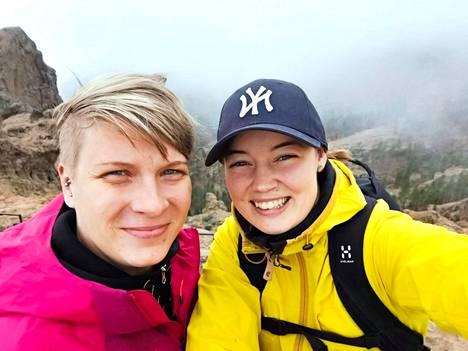 Henriikka ja Juulia kävivät maanantaina valloittamassa yhdessä Pico de las Nievesin, joka on 1949 metrillään Gran Canarian korkein kohta.