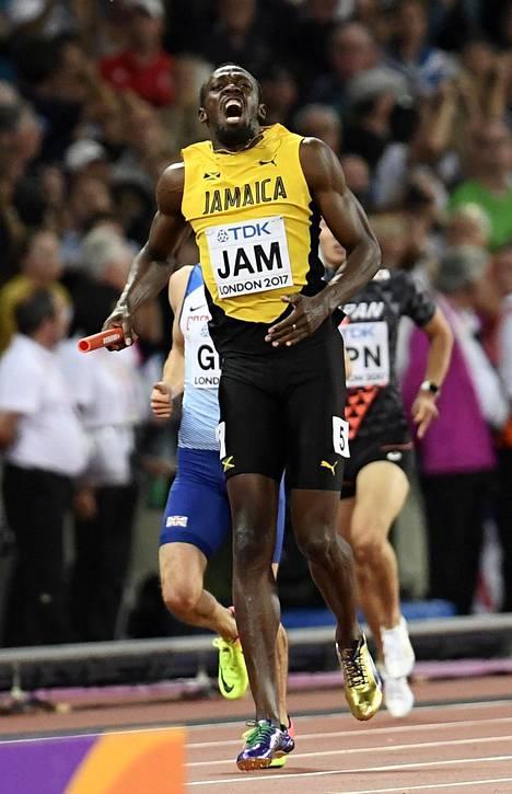 Aiemminkin urallaan selkä- ja jalkavammoista kärsinyt Bolt loukkasi jalkaansa viimeisessä arvokisajuoksussaan.