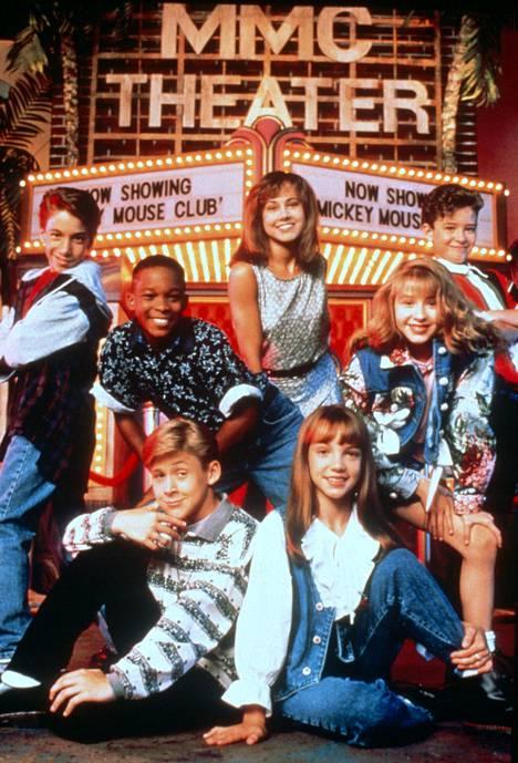 Tate Lynche kuvassa 2. vasemmalta. Alhaalla Ryan Gosling ja Britney Spears. Oikealla Christina Aguilera ja Justin Timberlake.
