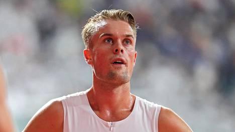 Pettynyt Filip Ingebrigtsen kilpailun jälkeen.