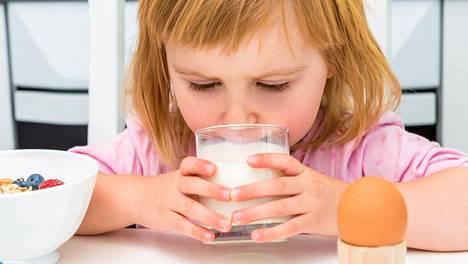Suoliston bakteerikannoilla saattaa olla vaikutusta siihen, kuinka todennäköisesti lapselle kehittyy maitoallergia.
