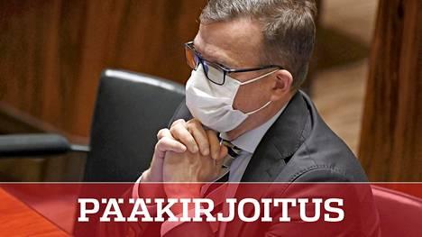 Puolueiden kannatus on jämähtänyt paikoilleen. Tilanne on erityisen vaikea kokoomuksen puheenjohtajalle Petteri Orpolle, jonka puolue ei lähde nousuun oppositioasemasta huolimatta.