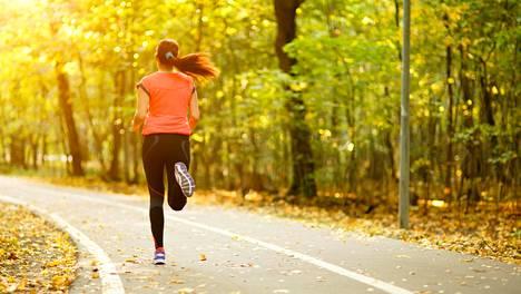 Tuoreen amerikkalaistutkimuksen mukaan säännöllinen liikunta lisää henkistä hyvinvointia.