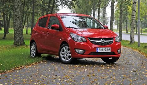 Opelin maahantuonti muunsi vastaavanlaisen Opel Karlin kevyautoksi. Testikäyttöön tarkoitetun kevytauton maksiminopeus on 45 km/h.
