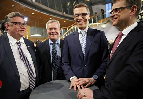 Vaalistudio Pikkuparlamentissa. Timo Soini, Antti Rinne, Alexander Stubb ja Juha Sipilä.