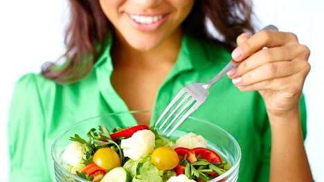 Tutkimuksen mukaan suotuisassa ruokavaliossa painottuvat kasvikset, hedelmät, palkokasvit ja täysjyvätuotteet.