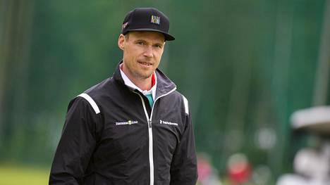 Pekka Rinne Oulu All Stars Charity Golf -tapahtumassa viime vuonna.