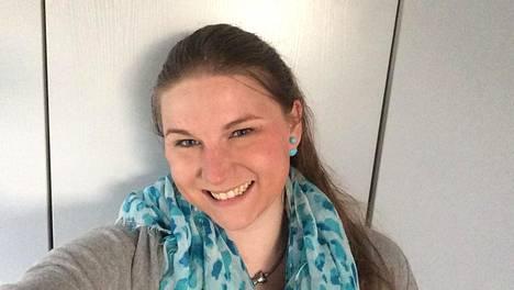 Neea kärsi kivuliaista iho-oireista kymmenen vuotta ennen kuin sai tietää sairastavansa HS-tautia.