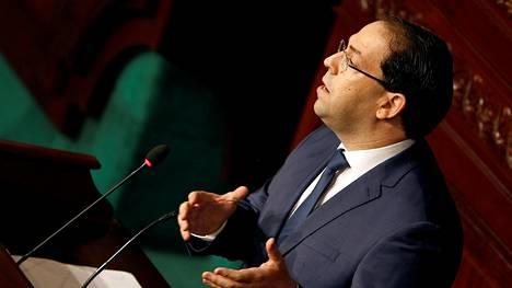 Tunisian pääministeri Youssef Chahed puhui Tunisissa 28. heinäkuuta 2018.