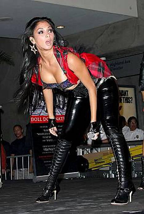 Pussycat Dollsit nähtiin levyjulkistuskeikassa Hollywoodissa.