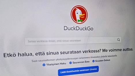 DuckDuckGon mukaan entistä useampi on herännyt internetin uhkiin.
