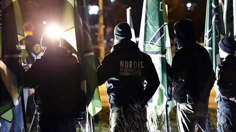 Turun hovioikeus lakkauttaa Pohjoismaisen Vastarintaliikkeen.