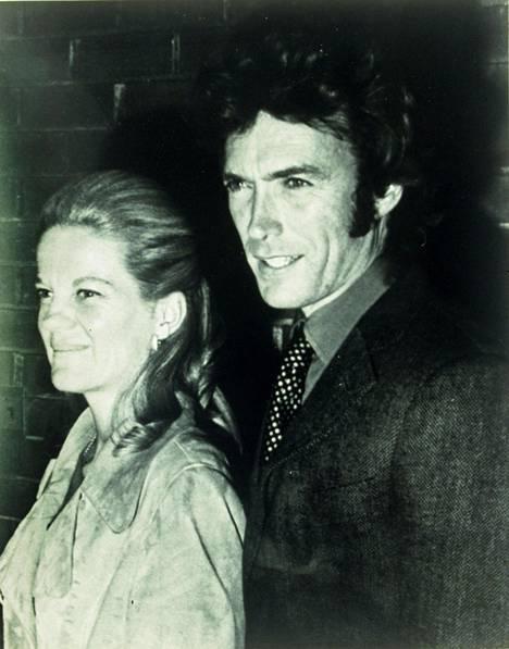 Clint Eastowoodilla ja Maggie Johnsonilla on kaksi yhteistä lasta.