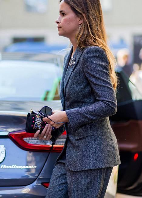Tukeva kangas on kookkaalle usein imartelevampi kuin kevyt ja ohut.