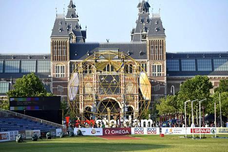 EM-kisojen keihäskarsinta heitetään Amsterdamin Museoaukiolla.