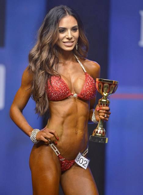 Sofia voitti bikini fitneksen SM-kilpailut vuonna 2015. Samana vuonna hän vei nimiinsä myös lajin maailmanmestaruuden.
