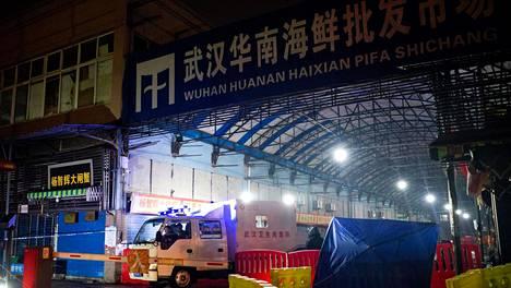 Kiinassa tautitapausten yhdistävä tekijä vaikuttaa olevan Wuhanin kalatori.
