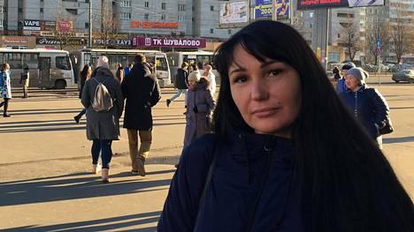 Natalja Kartashovan mukaan hänen poikansa Aleksei ja Aleksandr Kartashov ovat tällä hetkellä Moskovassa. Pojilta varastettiin passit viime maaliskuussa ja pian sen jälkeen heidän oli todisteltava Venäjän viranomaisille, että he eivät ole ylittäneet valtakunnanrajaa.