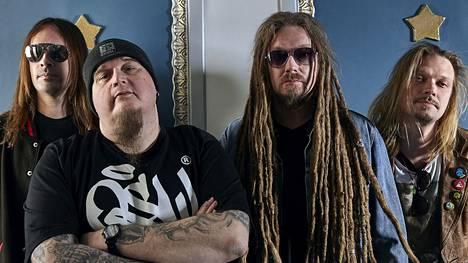 Videoensi-ilta! Tältä kuulostaa HIM:n ja Amorphisin ex-jäsenien uusi bändi