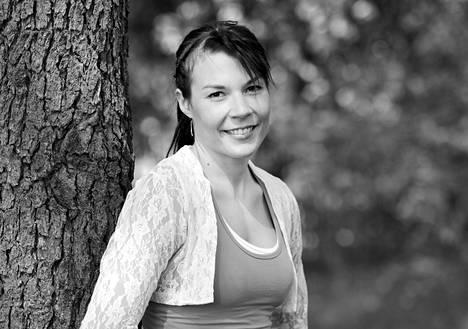 Entinen maajoukkuehiihtäjä Mona-Liisa Nousiainen kuoli 36-vuotiaana.