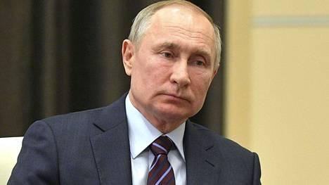 Vladimir Putin erotti läheisen neuvonantajansa.